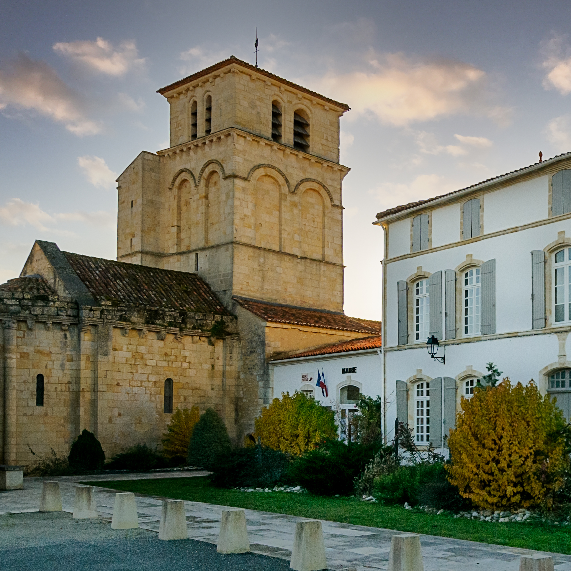 Eglise Saint-Martin et Mairie