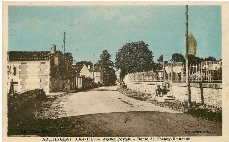 Archingeay - Rue de l'église